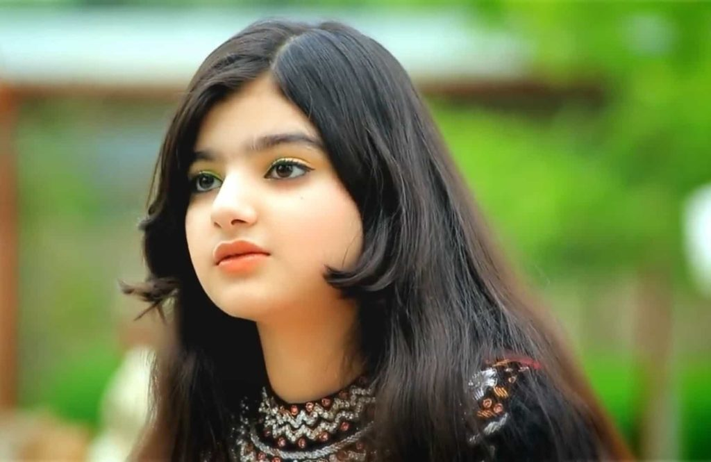 Meet the World's most beautiful Young Girl Nadia Wafa