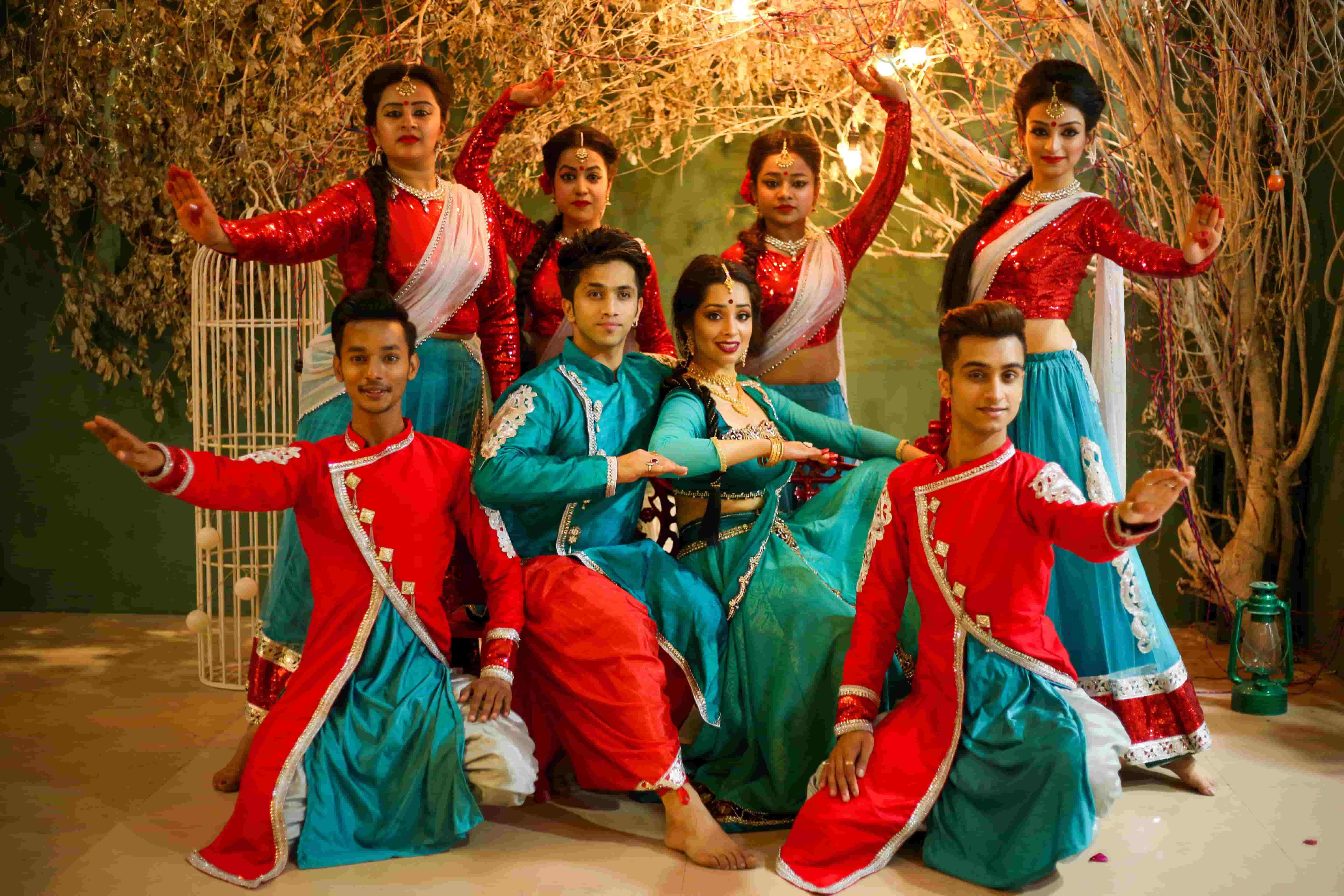 Kathak Dancer Anmol Says he Loves Spending Time With Family When Free! 1