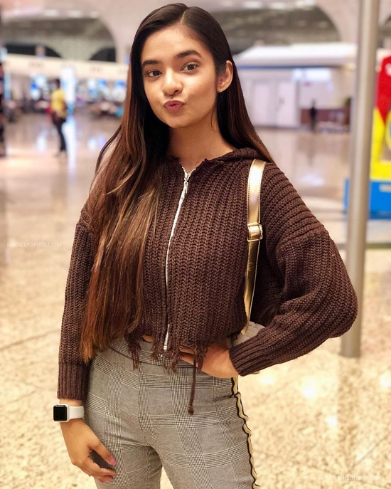 Actress Anushka Sen Contact Address, Phone Number, Whatsapp Number, Email ID, Website 35