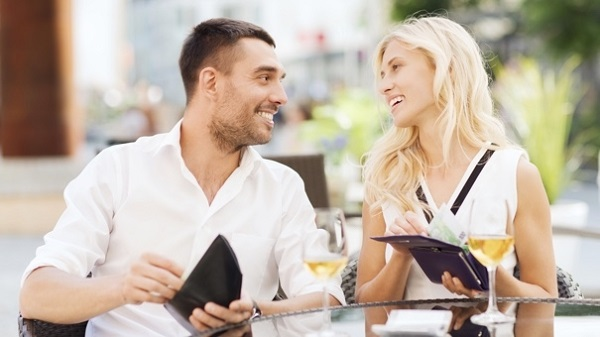 HOW TO HANDLE FINANCES IN A RELATIONSHIP 45