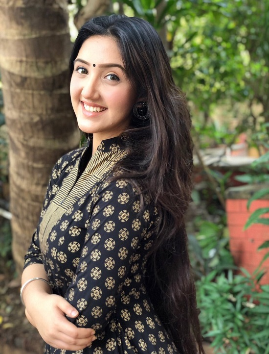 Ashnoor Kaur Contact Address, Phone Number, Whatsapp Number, Email ID, Website 30