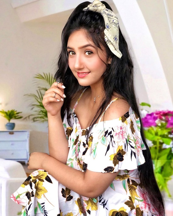 Ashnoor Kaur Contact Address, Phone Number, Whatsapp Number, Email ID, Website 29