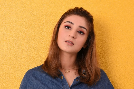 Dhvani Bhanushali Contact Address, Phone Number, Whatsapp Number, Email ID, Website 36