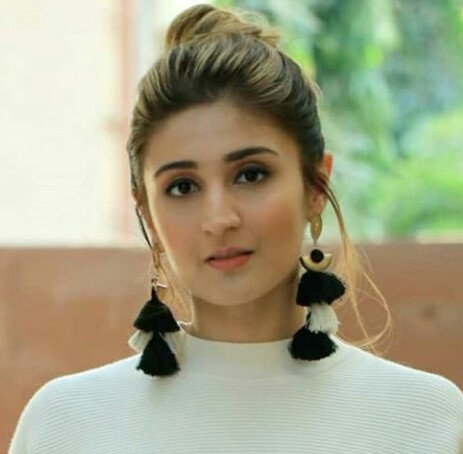 Dhvani Bhanushali Contact Address, Phone Number, Whatsapp Number, Email ID, Website 33
