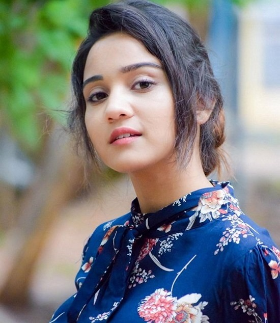 Ashi Singh Contact Address, Phone Number, Whatsapp Number, Email ID, Website 28