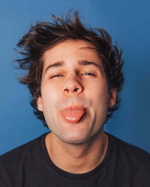 David Dobrik Contact Address, Phone Number, Whatsapp Number, Email ID, Website 1