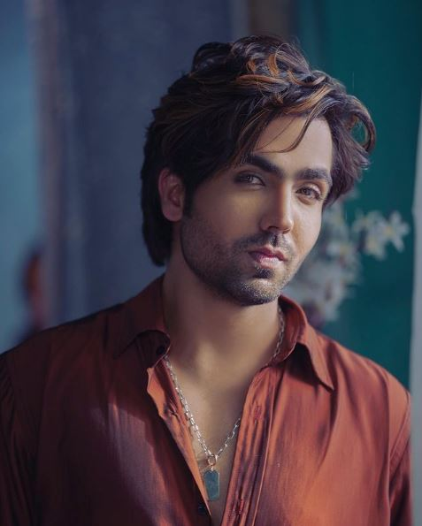 Hardy Sandhu Contact Address, Phone Number, Whatsapp Number, Email ID, Website 1