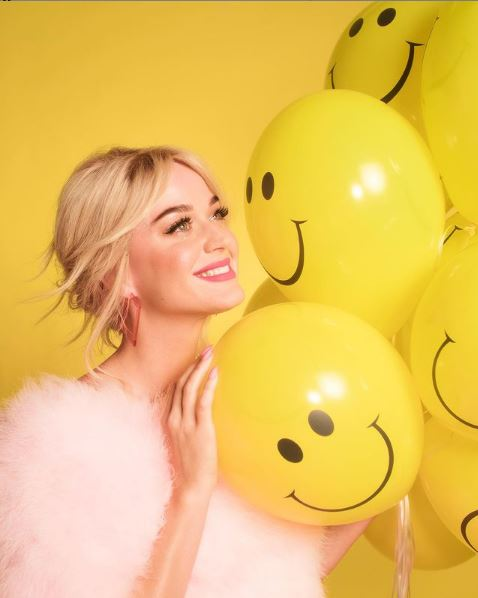 Katy Perry Contact Address, Phone Number, Whatsapp Number, Email ID, Website 2