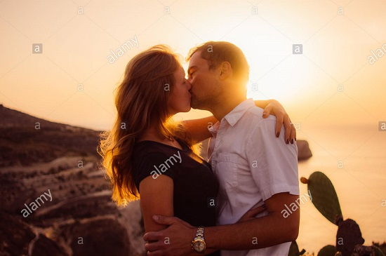 HOW TO KISS FOR THE FIRST TIME IN YOUR LIFE 33
