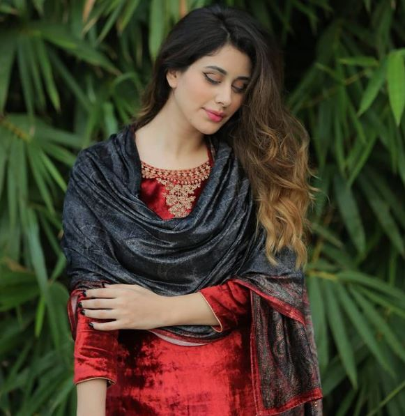 Warina Hussain Contact Address, Phone Number, Whatsapp Number, Email ID, Website 6