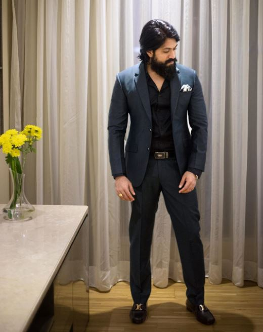 Actor Yash (KGF) Contact Address, Phone Number, Whatsapp Number, Email ID, Website 7