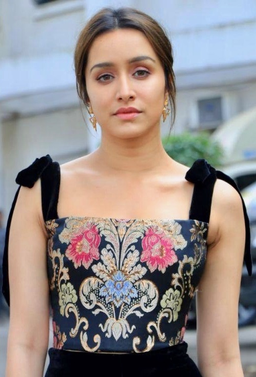 Shraddha Kapoor Contact Address, Phone Number, Whatsapp Number, Email ID, Website 37