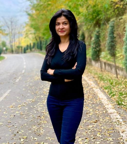 Anjana Om Kashyap Contact Address, Phone Number, Whatsapp Number, Email ID, Website 7