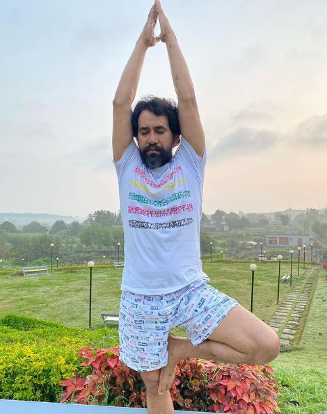 Dinesh Lal Yadav Contact Address, Phone Number, Whatsapp Number, Email ID, Website 8