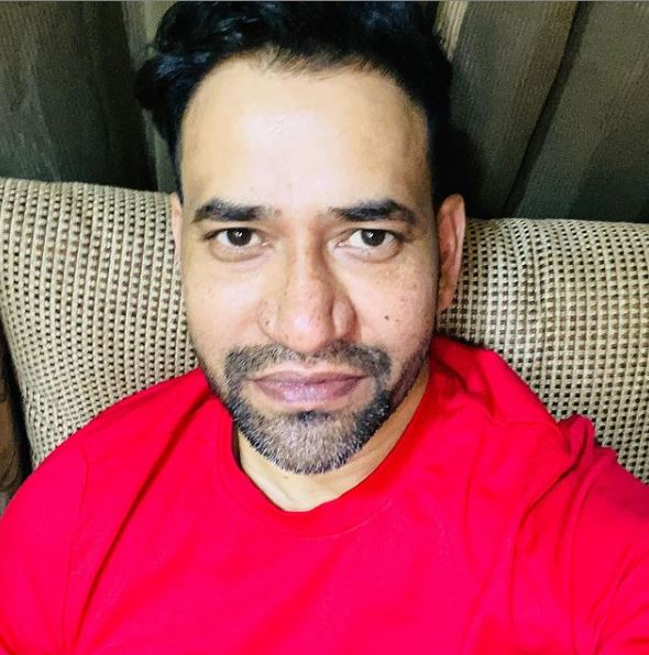 Dinesh Lal Yadav Contact Address, Phone Number, Whatsapp Number, Email ID, Website 2