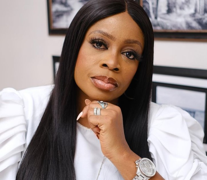 Sinach Contact Address, Phone Number, Whatsapp Number, Email ID, Website 17