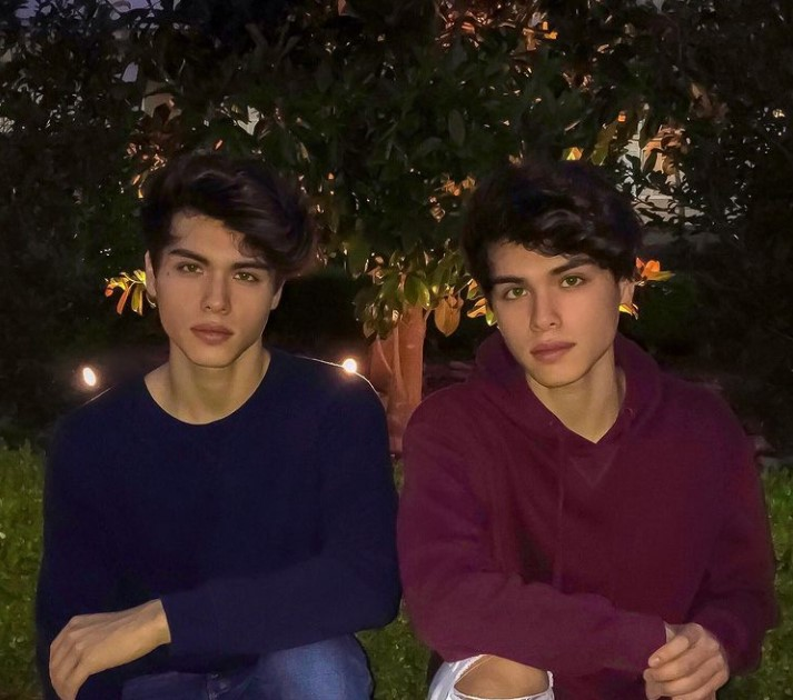 Stokes Twins Contact Address, Phone Number, Whatsapp Number, Email ID, Website 13