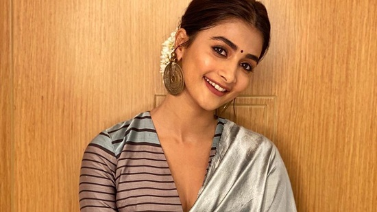 Pooja Hegde Contact Address, Phone Number, Whatsapp Number, Email ID, Website 19