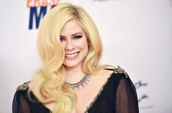 Avril Lavigne Contact Address, Phone Number, Whatsapp Number, Email ID, Website