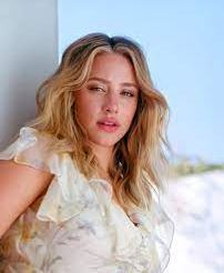 Lili Reinhart Contact Address, Phone Number, Whatsapp Number, Email ID, Website 20