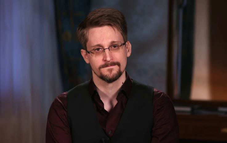 Edward Snowden Contact Address, Phone Number, Whatsapp Number, Email ID, Website 7