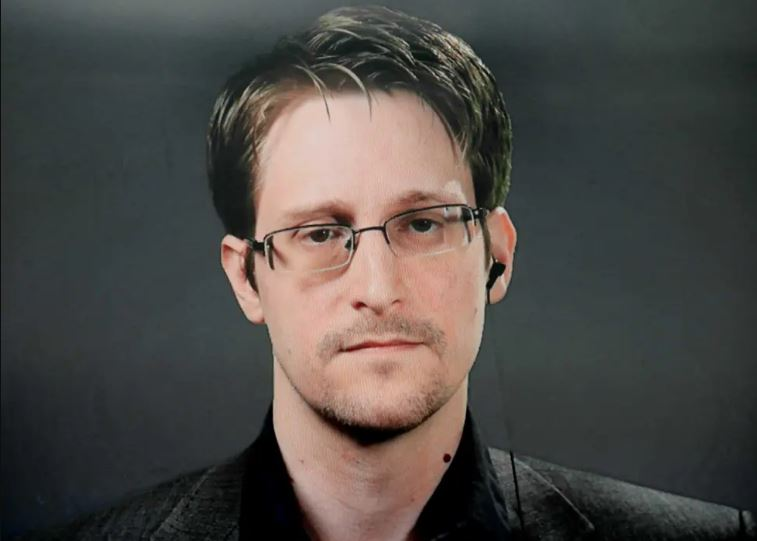 Edward Snowden Contact Address, Phone Number, Whatsapp Number, Email ID, Website 2