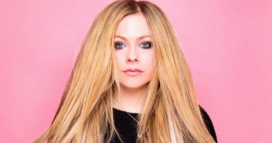 Avril Lavigne Contact Address, Phone Number, Whatsapp Number, Email ID, Website 39