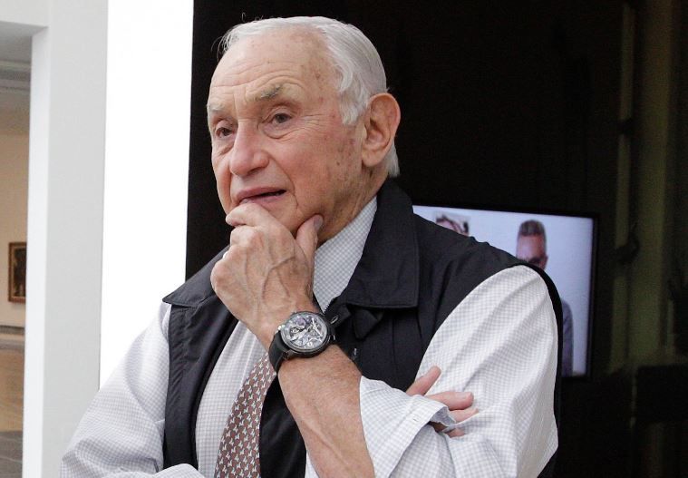 Les Wexner Contact Address, Phone Number, Whatsapp Number, Email ID, Website 4