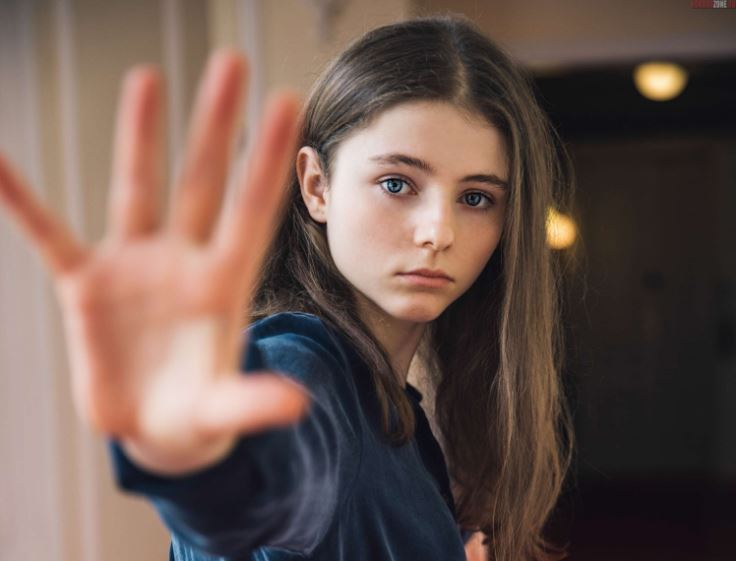 Thomasin McKenzie Contact Address, Phone Number, Whatsapp Number, Email ID, Website 3