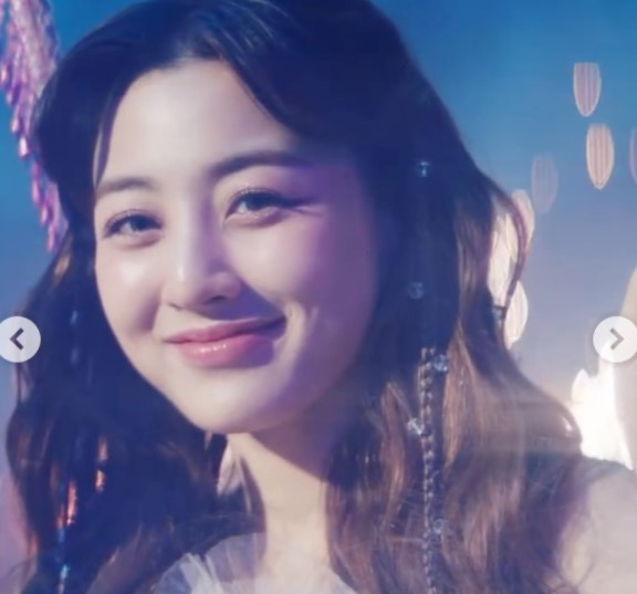 Twice Jihyo Contact Address, Phone Number, Whatsapp Number, Email ID, Website 8