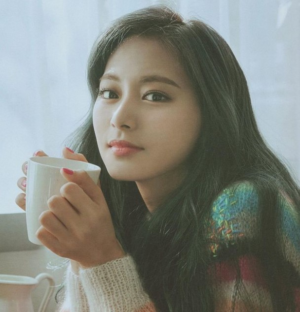 Twice Tzuyu Contact Address, Phone Number, Whatsapp Number, Email ID, Website 9
