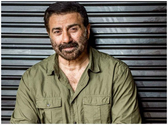 Sunny Deol Contact Address, Phone Number, Whatsapp Number, Email ID, Website 2