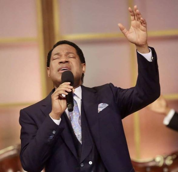 Pastor Chris Oyakhilome Contact Address, Phone Number, Whatsapp Number, Email ID, Website 15