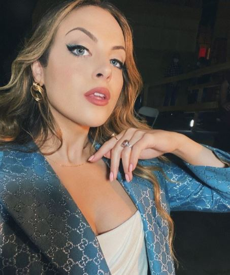 Elizabeth Gillies Contact Address, Phone Number, Whatsapp Number, Email ID, Website 13