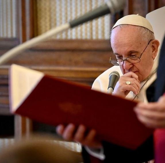 Pope Francis Contact Address, Phone Number, Whatsapp Number, Email ID, Website 15