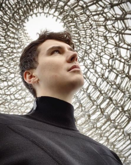 Dan Howell Contact Address, Phone Number, Whatsapp Number, Email ID, Website 11