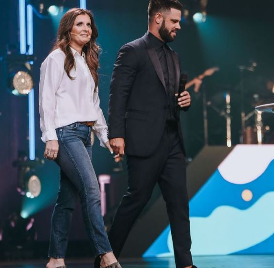 Steven Furtick Contact Address, Phone Number, Whatsapp Number, Email ID, Website 13