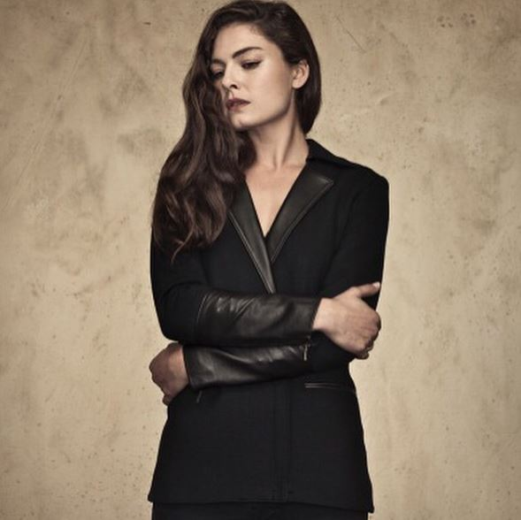 Alexa Davalos Contact Address, Phone Number, Whatsapp Number, Email ID, Website 24