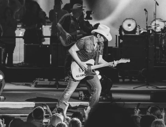 Brad Paisley Contact Address, Phone Number, Whatsapp Number, Email ID, Website 24