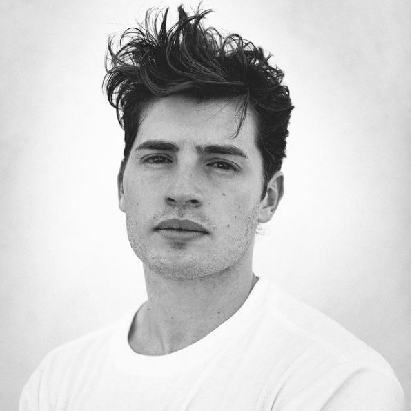 Gregg Sulkin Contact Address, Phone Number, Whatsapp Number, Email ID, Website 15