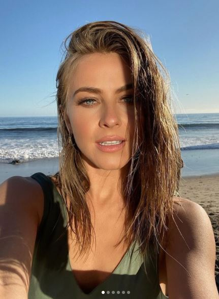 Julianne Hough Contact Address, Phone Number, Whatsapp Number, Email ID, Website 20
