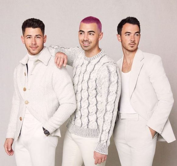Jonas Brothers Contact Address, Phone Number, Whatsapp Number, Email ID, Website 16