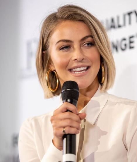 Julianne Hough Contact Address, Phone Number, Whatsapp Number, Email ID, Website 24