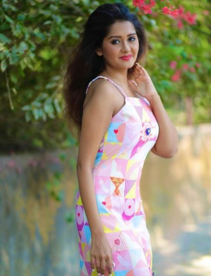 Kanchi Singh Contact Address, Phone Number, Whatsapp Number, Email ID, Website 21