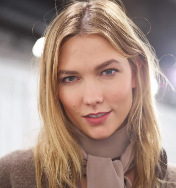 Karlie Kloss Contact Address, Phone Number, Whatsapp Number, Email ID, Website 15