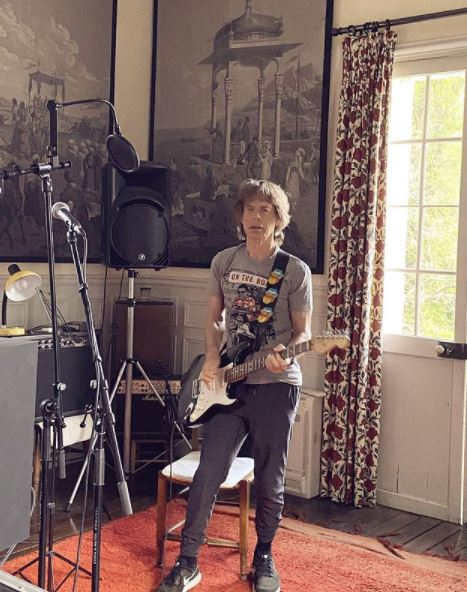 Mick Jagger Contact Address, Phone Number, Whatsapp Number, Email ID, Website 16
