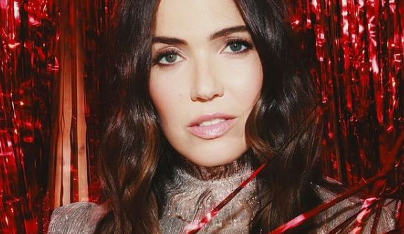 Mandy Moore Contact Address, Phone Number, Whatsapp Number, Email ID, Website 23