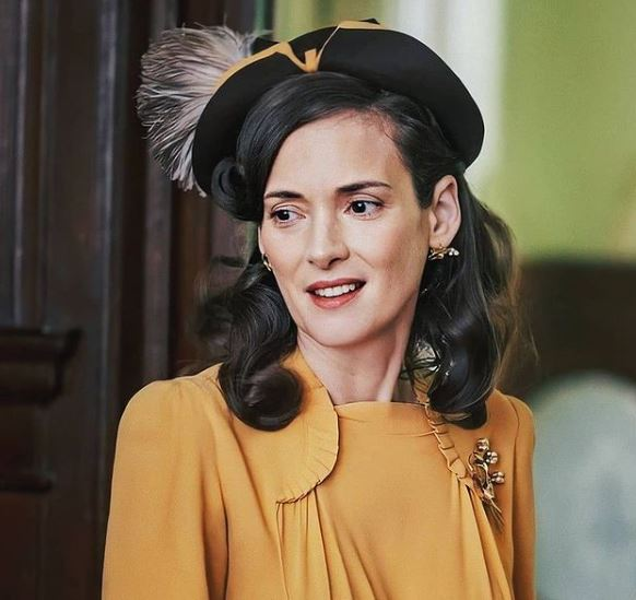 Winona Ryder Contact Address, Phone Number, Whatsapp Number, Email ID, Website 18