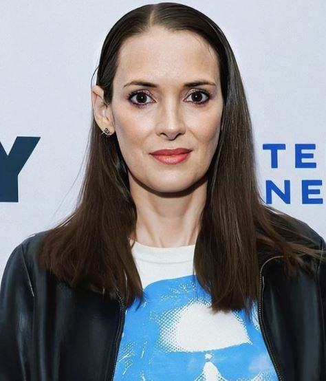 Winona Ryder Contact Address, Phone Number, Whatsapp Number, Email ID, Website 15