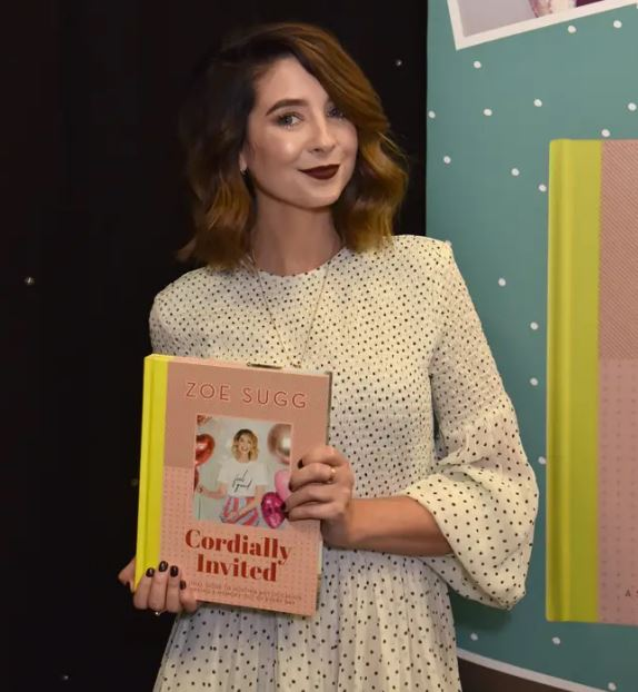 Zoella Contact Address, Phone Number, Whatsapp Number, Email ID, Website 17